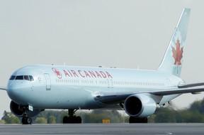 Files: Ottawa International Airport (DARREN BROWN/Postmedia )