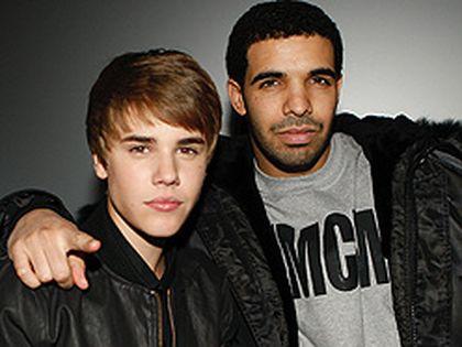 Justin Bieber and Drake in Toronto on Feb. 1. (CRAIG ROBERTSON, Toronto Sun)