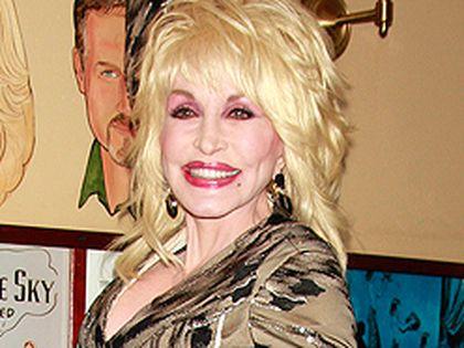 Dolly Parton WENN.COM