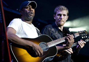 Oct.4: Darius Rucker performs at Rexall Place. (JORDAN VERLAGE/EDMONTON SUN)