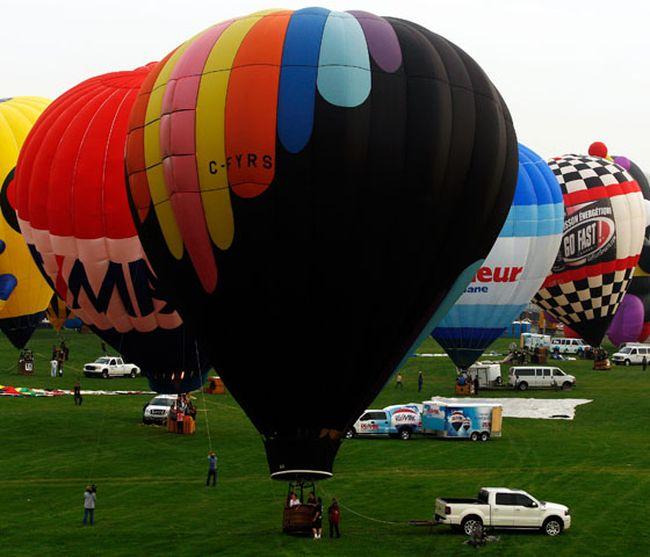 The 23rd annual Festival Montgolfieres de Gatineau has 60 hot air balloons taking part.(Darren Brown/Ottawa Sun)