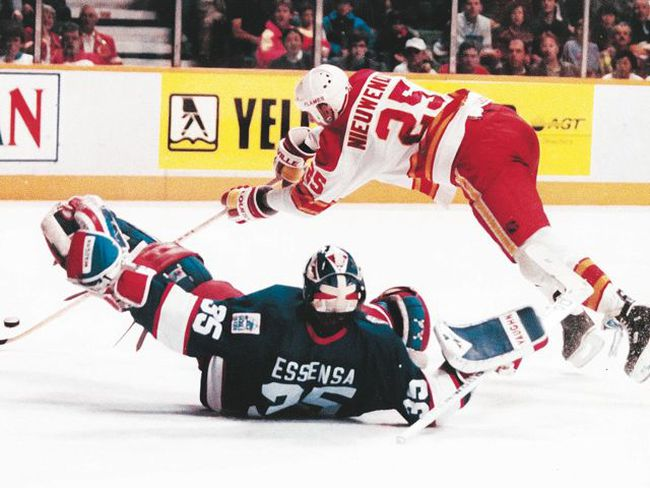 Opposing goalies, such as Bob Essensa, were always under siege with Joe Nieuwendyk around the net.