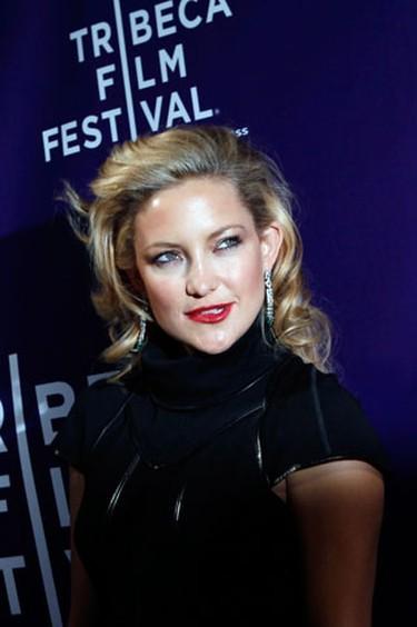 "Cast member Kate Hudson arrives at the Tribeca Film Festival premiere of ""The Killer Inside Me"" in New York, April 27, 2010. (REUTERS)"
