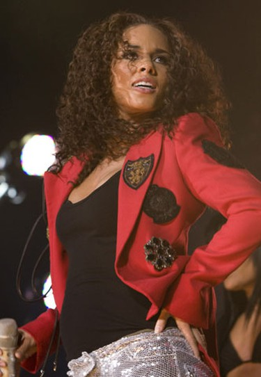 Alicia Keys in concert at the Air Canada Centre in Toronto, March 10, 2010. (Dave Thomas, Toronto Sun)