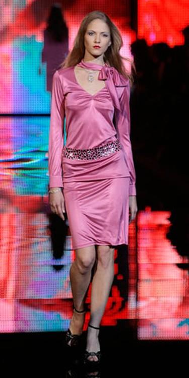 A model presents a creation as part of the Seduzioni Diamonds Valeria Marini Fall/Winter 2010/11 Women's collection during Milan Fashion Week on Feb. 24, 2010. (Alessandro Garofalo/REUTERS)