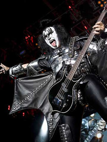 Kiss on stage in Oshawa last night. (PETE FISHER/Sun Media)