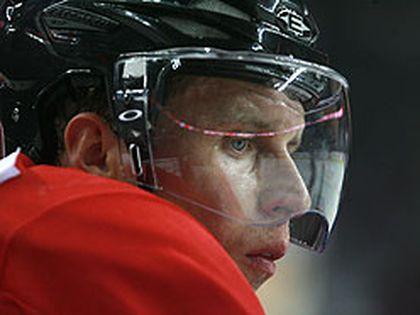 Dany Heatley practised with Team Canada hopefuls yesterday in Calgary. (JIM WELLS/SUN MEDIA)