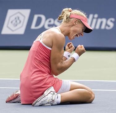 Elena Dementieva defeats Maria Sharapova in the finals to win the Rogers Cup in Toronto. (STAN BEHAL/Sun Media)