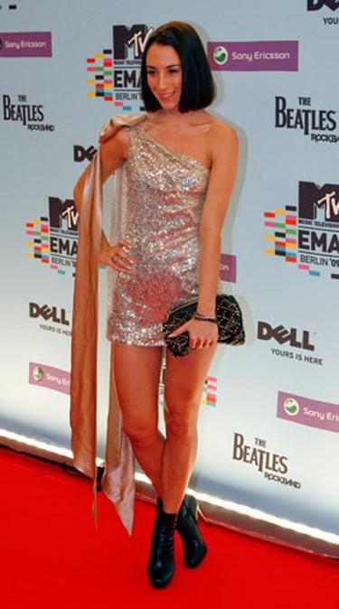 Danish singer Medina poses on the red carpet before the MTV Europe Awards ceremony in Berlin November 5, 2009.  (REUTERS)