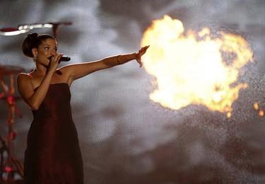 Singer Natalia Jimenez of Spanish group La Quinta Estacion performs at the 2009 Billboard Latin Music Awards in Miami on April 23, 2009. (REUTERS)