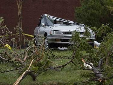 Tornado damage in Woodbridge near Martingrove Rd. and Hwy. 7. (DAVE THOMAS, Sun Media)
