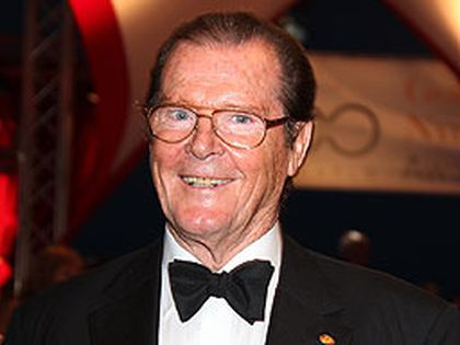 Roger Moore (WENN.COM file photo)