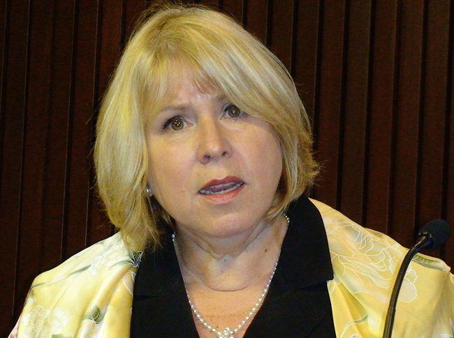 Ontario Health Minister Deb Matthews. (ANTONELLA ARTUSO/Toronto Sun file photo)