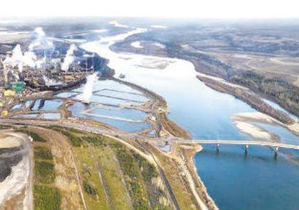 Alberta oilsands plant