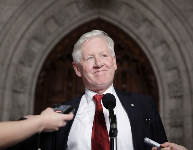 Former Ontario premier and Liberal MP Bob Rae. (JOHN MAJOR/QMI AGENCY)