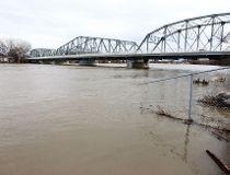 floodweb042011