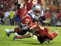 Jamaal Charles, Chiefs run over Patriots