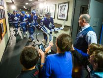Leafs Fans salute