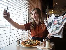 Sun Putitonyourplate put it on your plate pizza