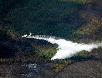 Alberta wildfire water bomber
