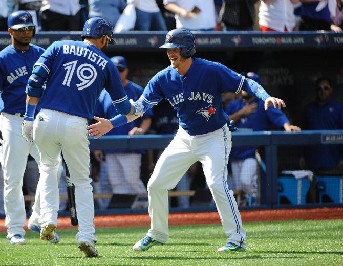 David Price wins again as Blue Jays bats batter Rays' Chris Archer