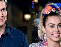 Miley Cyrus hosts SNL