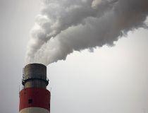 Smokestack coal plant