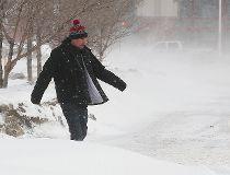 blowing snow Winnipeg 020716