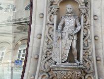 Dom Sebastiao statue