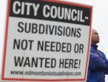 Edmonton neighbourhoods in revolt over residential lot-splitting