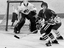Chicago Blackhawks' Tom Lysiak