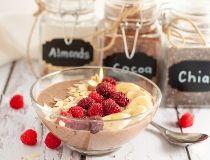 mocha almond smoothie bowl