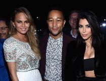 Chrissy Teigen Kim Kardashian