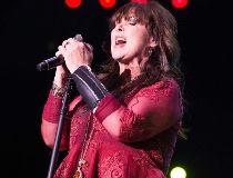 Heart singer Ann Wilson. (WENN.COM)