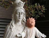 Statue of baby Jesus