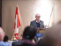 Former mayor Stephen Mandel