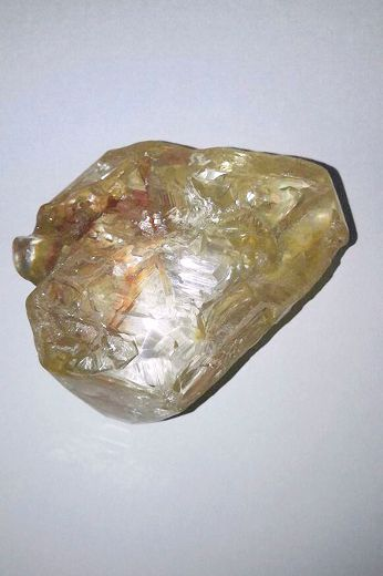 Massive 706-carat diamond discovered in Sierra Leone