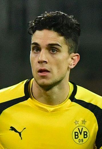 Pro soccer player hurt in blasts near Borussia Dortmund bus