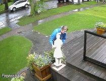 Suspect ID'd in brazen statue theft
