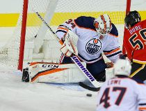 Oilers Flames in Calgary preseason