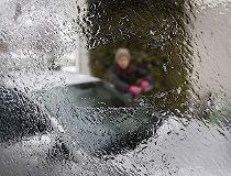 Freezing rain warning in effect